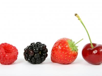 thumb_berry-1238249_1920